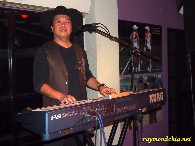 Raymond Chia at Sanook