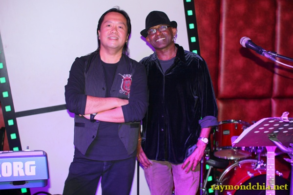 Vijay David & Raymond Chia – The Hangover Bar PJ