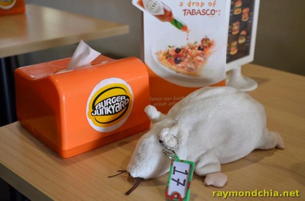 Burger Junkyard -20140501-2012