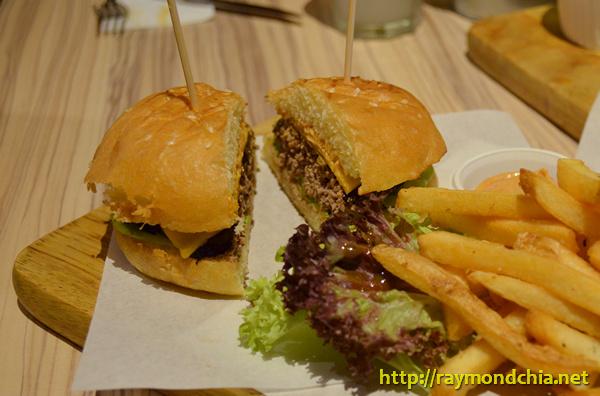 THe Grind Burger R&K-20140510-2190
