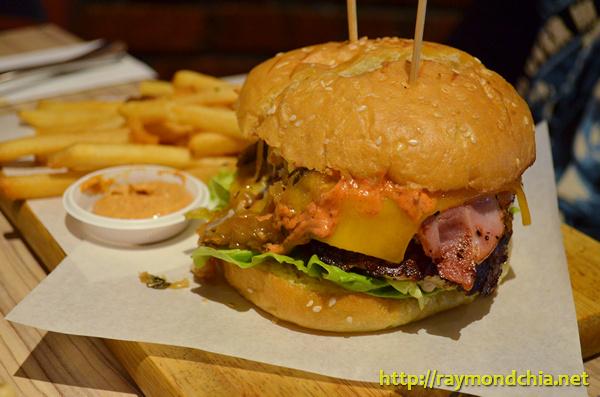 THe Grind Burger R&K-20140510-2193