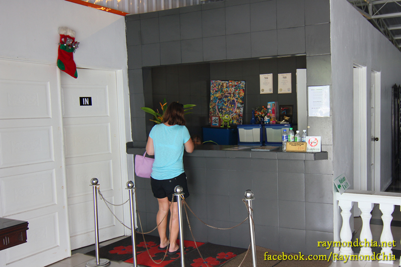 Entrance and ticket booth at the Toy Museum